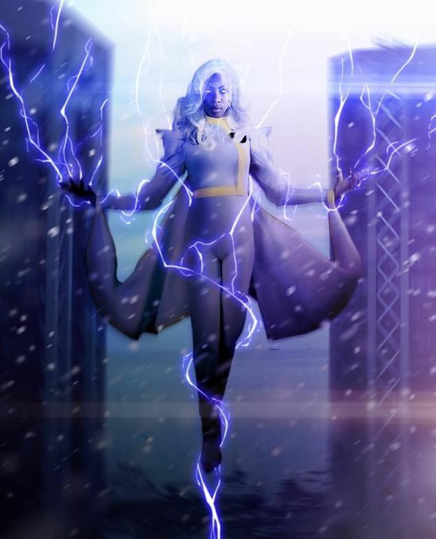 Panterona Cosplay: Supreme Cosplayer of the Cosmos