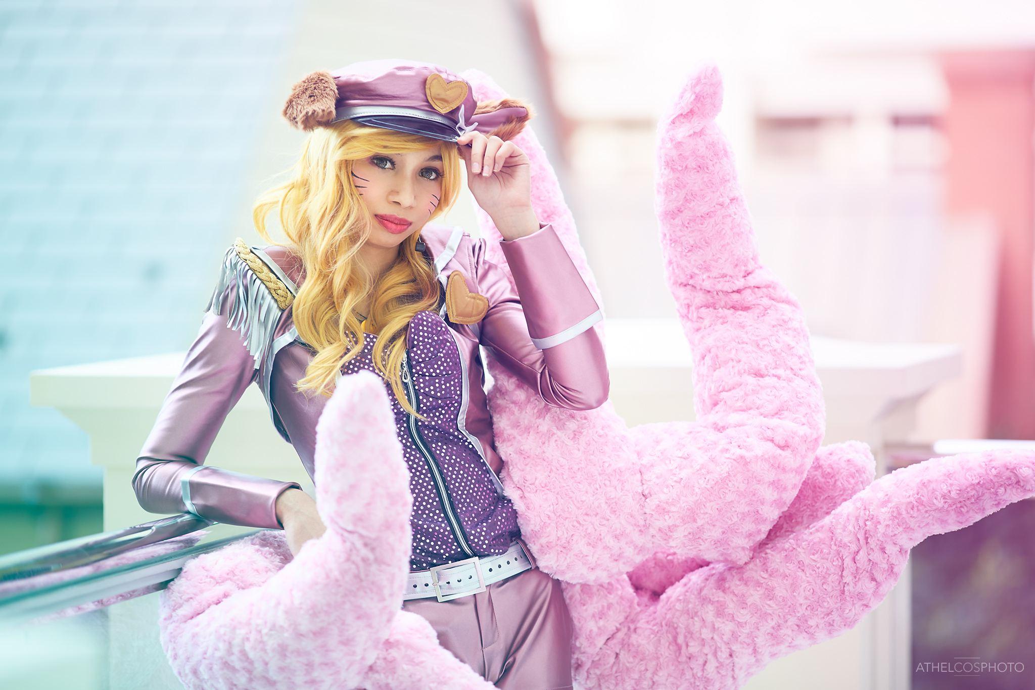 Image: Athel Cosplay Photography Cosplay: Rose Monroe